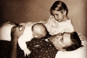 Exploring the Role of Dad with Family Constellations @ Online